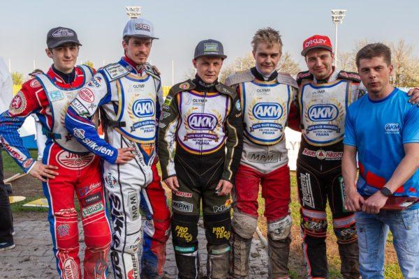 Pražský tým dnes bude o vítězství bojovat ve Slaném